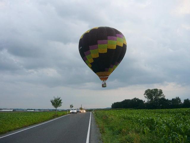 2011_will der jetzt landen.jpg