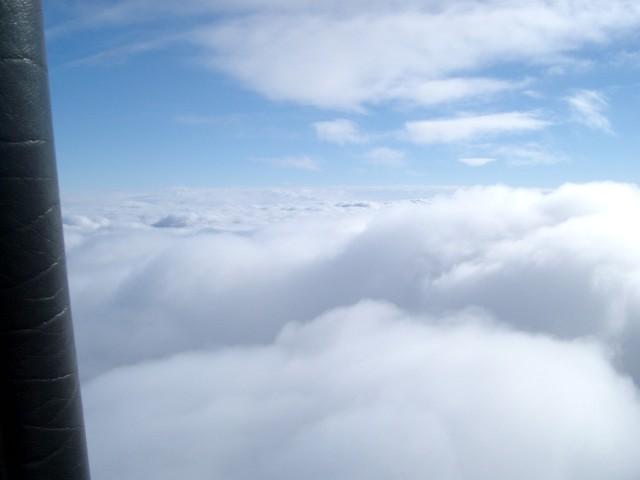 2004_ueber den wolken in 3000m.JPG
