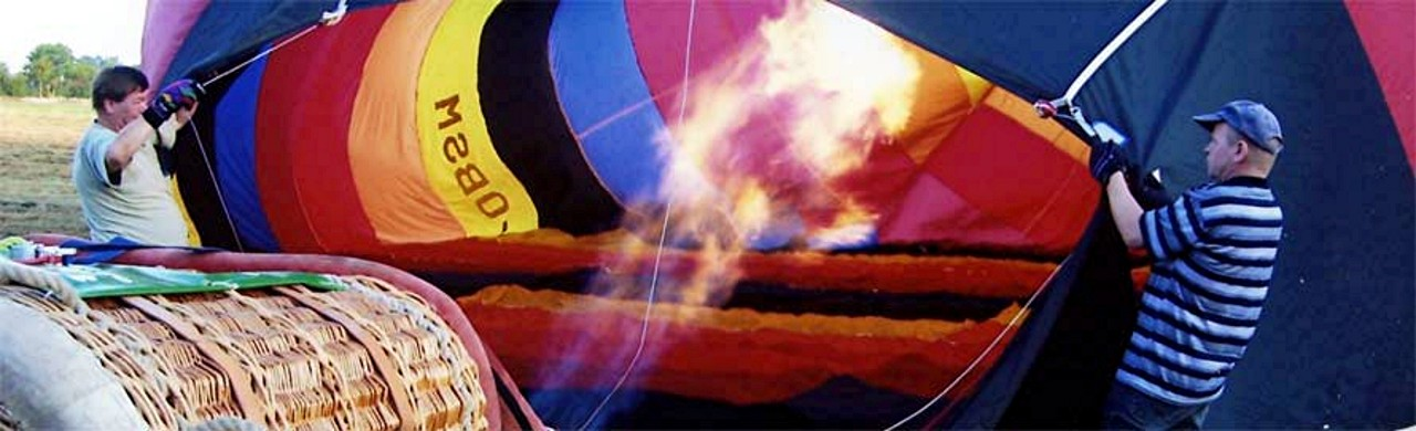 Eine Startvorbereitung mit unserem 1. Ballon 2006